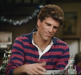 Ted-Danson-as-Sam-Malone-on-Cheers.jpg-280x260